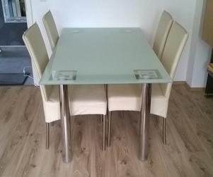 Stół Szklany I 4 Krzesła Sprzedam Ogłoszenia Dortmund
