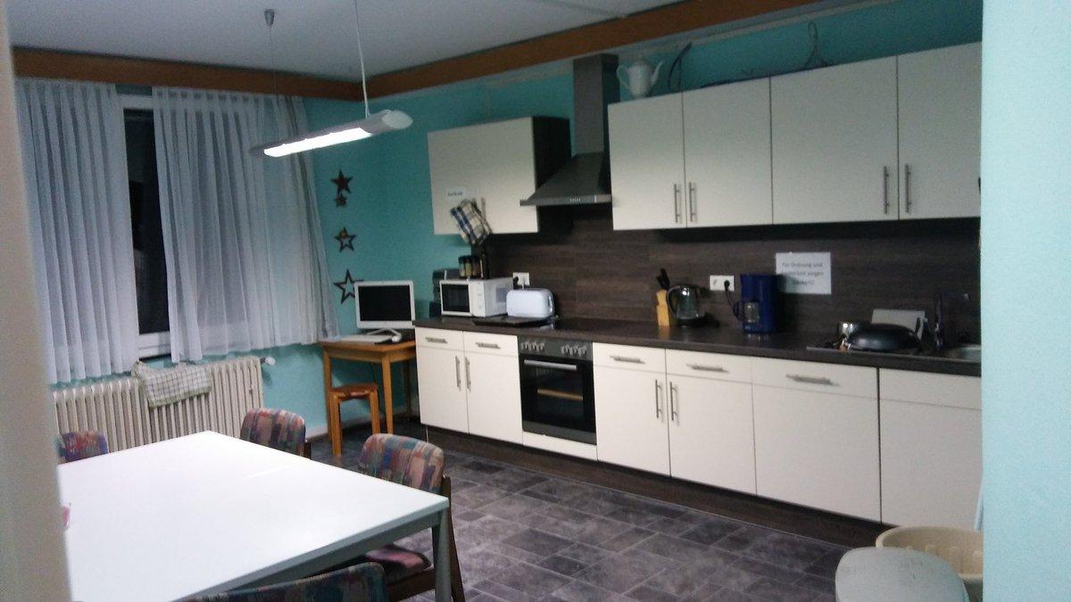 Wynajme 1 Pokój Z łazienką I Małą Kuchnią Dodano 12